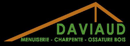 Ferme de charpente stylisée et texte DAVIAUD féré à droite